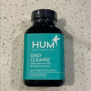 NEW HUM Nutrition Daily Cleanse Bottle